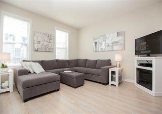 Photo 4: 9832 105 Avenue: Morinville Attached Home for sale : MLS®# E4150801