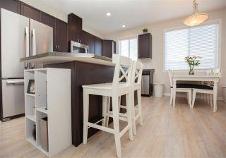 Photo 8: 9832 105 Avenue: Morinville Attached Home for sale : MLS®# E4150801
