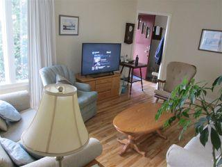 Photo 3: 9715 84 Avenue in Edmonton: Zone 15 House for sale : MLS®# E4151584