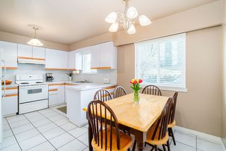 Photo 5: 2504 E 1ST Avenue in Vancouver: Renfrew VE House for sale (Vancouver East)  : MLS®# R2361834