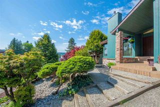 Photo 1: 7 WALTON Way in Port Moody: North Shore Pt Moody House for sale : MLS®# R2367000