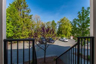 """Photo 2: 18 46832 HUDSON Road in Sardis: Promontory Townhouse for sale in """"CONERSTONE HAVEN"""" : MLS®# R2366994"""