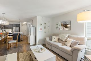 """Photo 8: 508 500 ROYAL Avenue in New Westminster: Downtown NW Condo for sale in """"THE DOMINION"""" : MLS®# R2372435"""