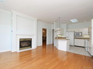 Photo 10: 29 4360 Emily Carr Drive in VICTORIA: SE Broadmead Row/Townhouse for sale (Saanich East)  : MLS®# 411948