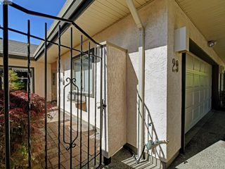 Photo 1: 29 4360 Emily Carr Drive in VICTORIA: SE Broadmead Row/Townhouse for sale (Saanich East)  : MLS®# 411948