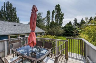 Photo 32: 1331 Vining Street in VICTORIA: Vi Fernwood Single Family Detached for sale (Victoria)  : MLS®# 412868