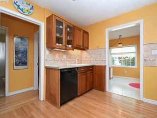 Photo 5: 1033 Davie St in VICTORIA: Vi Fairfield East Single Family Detached for sale (Victoria)  : MLS®# 818971