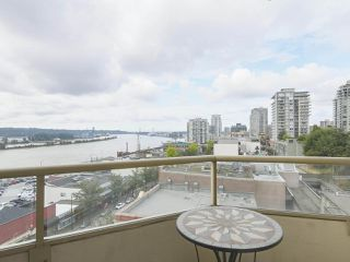 "Photo 9: 502 328 CLARKSON Street in New Westminster: Downtown NW Condo for sale in ""HIGHBOURNE TOWER"" : MLS®# R2395845"