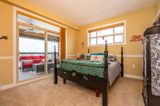 Photo 9: 612 8157 207 Street in Langley: Willoughby Heights Condo for sale : MLS®# R2411142