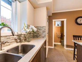 "Photo 7: 7 2200 PANORAMA Drive in Port Moody: Heritage Woods PM Townhouse for sale in ""THE QUEST"" : MLS®# R2414883"