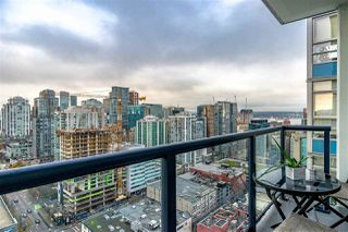 """Photo 1: 3507 928 BEATTY Street in Vancouver: Yaletown Condo for sale in """"MAX"""" (Vancouver West)  : MLS®# R2437340"""