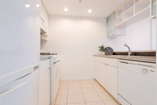 "Photo 9: 3507 928 BEATTY Street in Vancouver: Yaletown Condo for sale in ""MAX"" (Vancouver West)  : MLS®# R2437340"