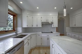 Photo 12: 83 SILVERSTONE Road NW in Calgary: Silver Springs Detached for sale : MLS®# A1022592