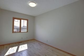 Photo 17: 83 SILVERSTONE Road NW in Calgary: Silver Springs Detached for sale : MLS®# A1022592
