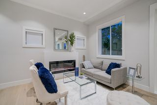 Photo 5: 4541 BEATRICE Street in Vancouver: Victoria VE House 1/2 Duplex for sale (Vancouver East)  : MLS®# R2488478