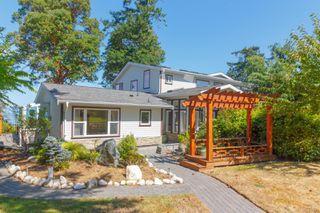Photo 3: 4679 Leyns Pl in : SE Gordon Head House for sale (Saanich East)  : MLS®# 854008