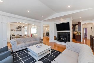 Photo 4: 1009 Southover Lane in : SE Broadmead House for sale (Saanich East)  : MLS®# 856884