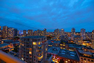 "Photo 31: 1905 1188 RICHARDS Street in Vancouver: Yaletown Condo for sale in ""PARK PLAZA"" (Vancouver West)  : MLS®# R2508576"