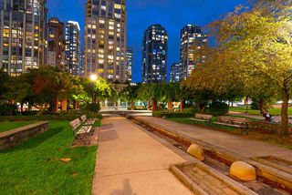 "Photo 27: 1905 1188 RICHARDS Street in Vancouver: Yaletown Condo for sale in ""PARK PLAZA"" (Vancouver West)  : MLS®# R2508576"