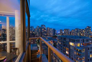 "Photo 12: 1905 1188 RICHARDS Street in Vancouver: Yaletown Condo for sale in ""PARK PLAZA"" (Vancouver West)  : MLS®# R2508576"