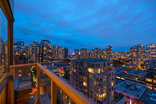 "Photo 16: 1905 1188 RICHARDS Street in Vancouver: Yaletown Condo for sale in ""PARK PLAZA"" (Vancouver West)  : MLS®# R2508576"