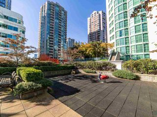 """Photo 35: 2003 821 CAMBIE Street in Vancouver: Downtown VW Condo for sale in """"Raffles on Robson"""" (Vancouver West)  : MLS®# R2512191"""
