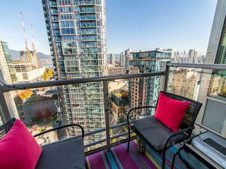"Photo 9: 2003 821 CAMBIE Street in Vancouver: Downtown VW Condo for sale in ""Raffles on Robson"" (Vancouver West)  : MLS®# R2512191"