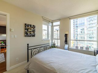 "Photo 15: 2003 821 CAMBIE Street in Vancouver: Downtown VW Condo for sale in ""Raffles on Robson"" (Vancouver West)  : MLS®# R2512191"