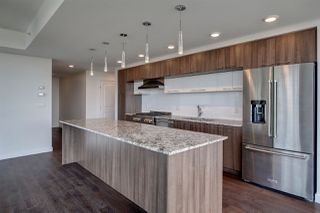 Photo 5: 2005 9720 106 Street in Edmonton: Zone 12 Condo for sale : MLS®# E4222082
