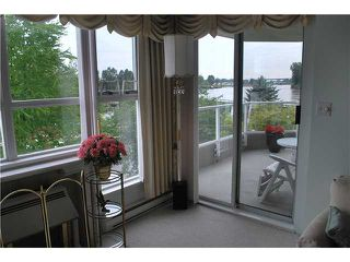 """Photo 4: 304 1250 QUAYSIDE Drive in New Westminster: Quay Condo for sale in """"THE PROMENADE"""" : MLS®# V884325"""
