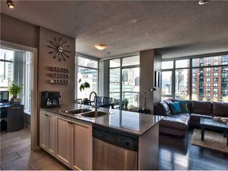 "Photo 2: 1202 480 ROBSON Street in Vancouver: Downtown VW Condo for sale in ""R&R"" (Vancouver West)  : MLS®# V886537"