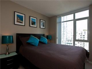 "Photo 7: 1202 480 ROBSON Street in Vancouver: Downtown VW Condo for sale in ""R&R"" (Vancouver West)  : MLS®# V886537"
