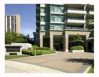 "Photo 1: 1802 4398 BUCHANAN Street in Burnaby: Brentwood Park Condo for sale in ""Buchanan Towers"" (Burnaby North)  : MLS®# V891463"