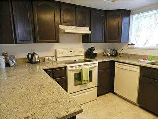 Photo 3: 1 5635 LADNER TRUNK Road in Ladner: Hawthorne Condo for sale : MLS®# V946292