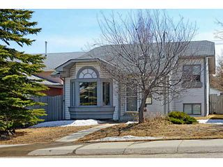 Photo 1: 139 SHAWINIGAN Drive SW in CALGARY: Shawnessy Residential Detached Single Family for sale (Calgary)  : MLS®# C3608836