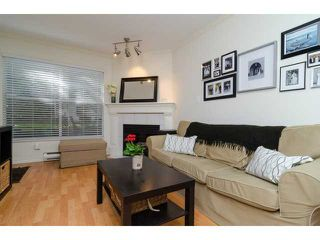 "Photo 3: 107 509 CARNARVON Street in New Westminster: Downtown NW Condo for sale in ""HILLSIDE PLACE"" : MLS®# V1063206"