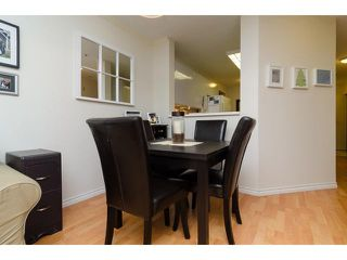 "Photo 6: 107 509 CARNARVON Street in New Westminster: Downtown NW Condo for sale in ""HILLSIDE PLACE"" : MLS®# V1063206"