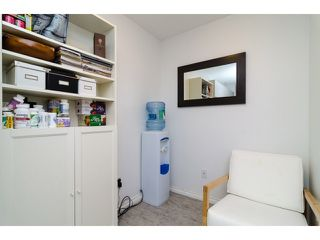 "Photo 9: 107 509 CARNARVON Street in New Westminster: Downtown NW Condo for sale in ""HILLSIDE PLACE"" : MLS®# V1063206"