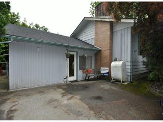 """Photo 2: 31637 ISRAEL Avenue in Mission: Mission BC House for sale in """"Sports Park"""" : MLS®# F1414162"""