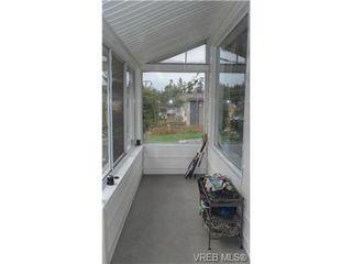 Photo 2: 896 Colville Rd in VICTORIA: Es Old Esquimalt House for sale (Esquimalt)  : MLS®# 695136