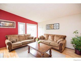 Photo 7: 2 Bellemer Drive in WINNIPEG: Fort Garry / Whyte Ridge / St Norbert Residential for sale (South Winnipeg)  : MLS®# 1518436