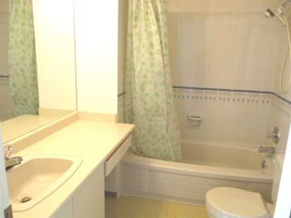 """Photo 12: 27 7311 MINORU Boulevard in Richmond: Brighouse South Townhouse for sale in """"PARC REGENT"""" : MLS®# R2000662"""