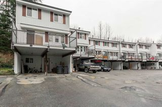 "Photo 1: 24 10000 VALLEY Drive in Squamish: Valleycliffe Townhouse for sale in ""VALLEYVIEW PLACE"" : MLS®# R2020426"