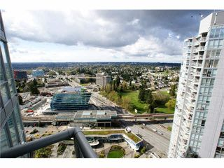 "Photo 1: 3302 13688 100 Avenue in Surrey: Whalley Condo for sale in ""Park Place 1"" (North Surrey)  : MLS®# R2021332"