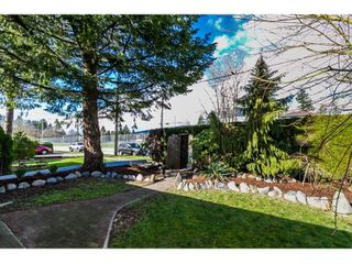 Photo 3: 1936 PRAIRIE Avenue in Port Coquitlam: Glenwood PQ House for sale : MLS®# R2037978