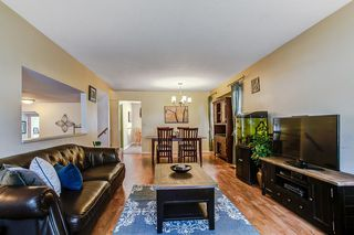 Photo 4: 11265 HARRISON Street in Maple Ridge: East Central House for sale : MLS®# R2046862