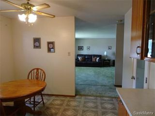 Photo 15: 3615 KING Street in Regina: Single Family Dwelling for sale (Regina Area 05)  : MLS®# 576327