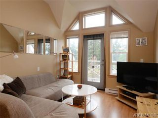 Photo 2: 411 655 Goldstream Ave in VICTORIA: La Fairway Condo Apartment for sale (Langford)  : MLS®# 745758