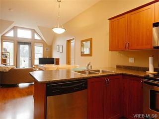 Photo 9: 411 655 Goldstream Ave in VICTORIA: La Fairway Condo Apartment for sale (Langford)  : MLS®# 745758