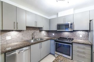 "Photo 3: 1304 2225 HOLDOM Avenue in Burnaby: Central BN Condo for sale in ""LEGACY TOWERS"" (Burnaby North)  : MLS®# R2138538"